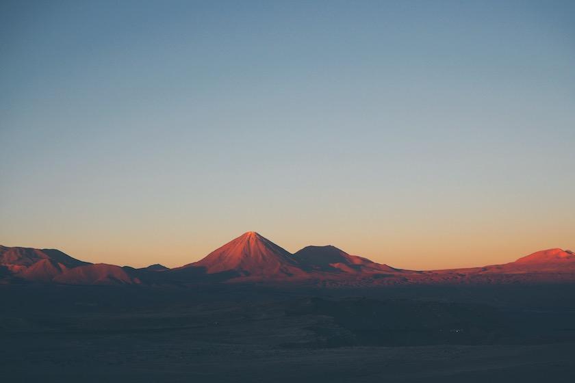 Vallende sterren en maanlandschap in het woestijndorp San Pedro de Atacama